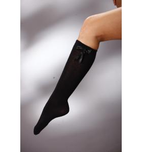 Дамски чорапи под коляното в черно с панделка